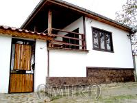 Furnished house 12 km from the beach