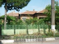House in Bulgaria with huge plot front