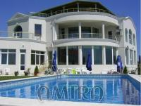 Huge sea view villa in Varna front