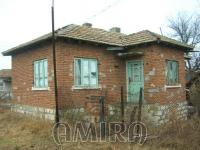 House in Bulgaria 60 km from the beach front