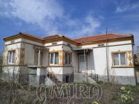 Partially renovated house in Bulgaria