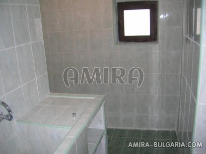 Furnished house 12 km from the beach bathroom