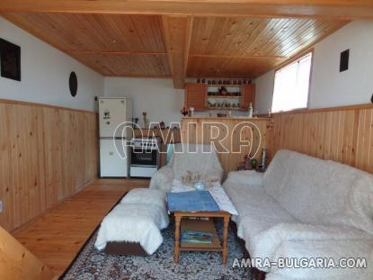 Renovated house 22 km from the beach living room