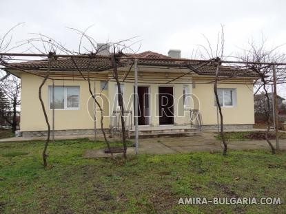 Furnished house 4 km from the beach