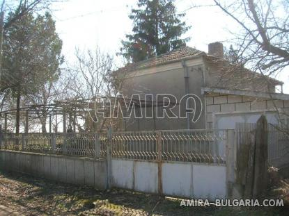 House with garage 48 km from the beach side 5