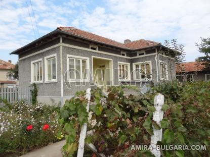 Furnished country house in Bulgaria 1
