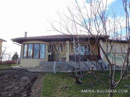 New house next to Varna 3