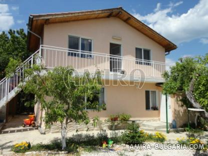 New Bulgarian house 7km from the beach