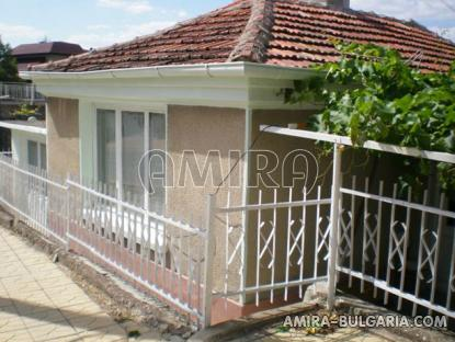 House in Kranevo 700 m from the beach 2