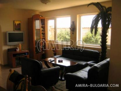 Furnished house above a golf course 12