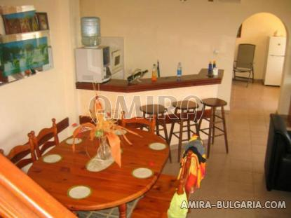 Furnished house above a golf course 13