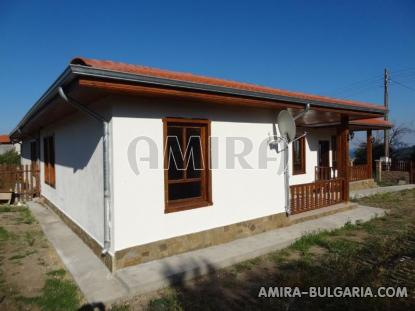 Semi-detached house with sea view 3