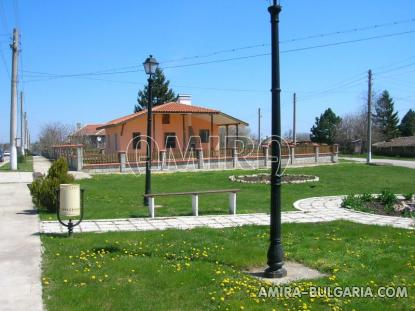 New house 9 km from Balchik front 4