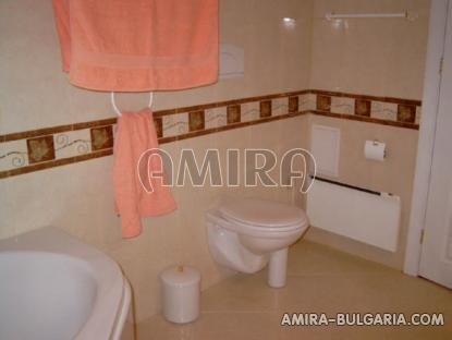 Reconstructed house in Balchik bathroom