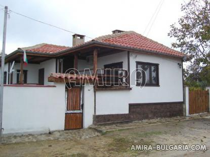 Furnished house 12 km from the beach side 3