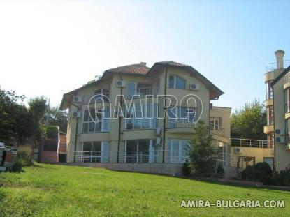 Sea view apartments in Byala front