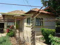Holiday home 9km from the beach