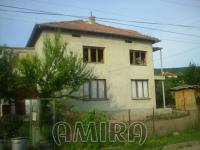 Big unfinished house near Albena