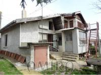 Massive house 3km from Dobrich