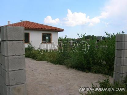 Newly built house 5 km from the beach side 4
