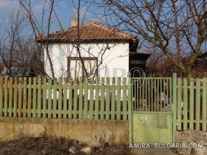 Holiday home 6 km from Dobrich fence