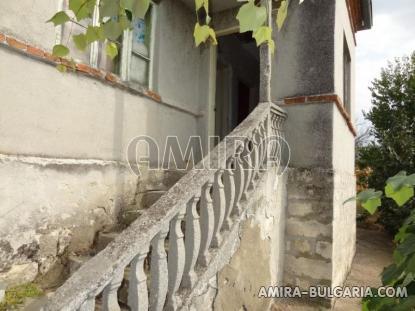 House in Bulgaria near a dam 2