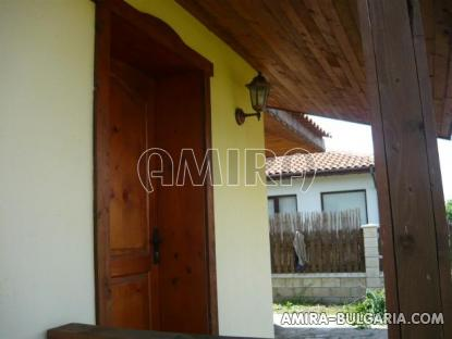 Newly built house 5 km from the beach side 3
