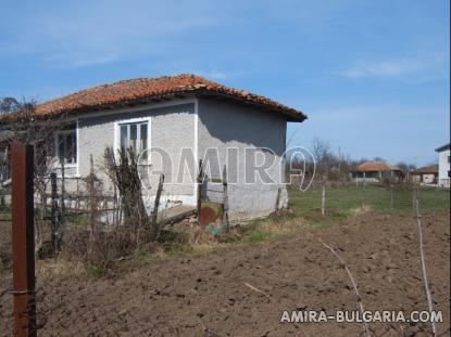 House in Bulgaria 10km from Dobrich side