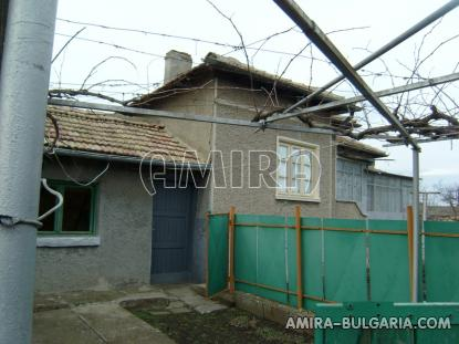 Cheap holiday home in Bulgaria 3