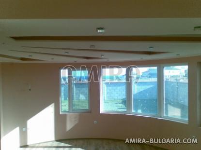 Sea view villa near a golf course false ceilings